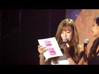 141025 Korean Music Wave - MC Yuri & Tiffany (SNSD) 2